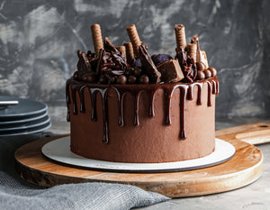 Hands-on Dark Chocolate Truffles Cream Cake