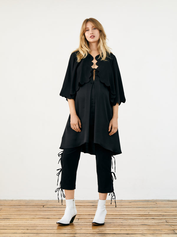 Scallop Cape Smock - Black