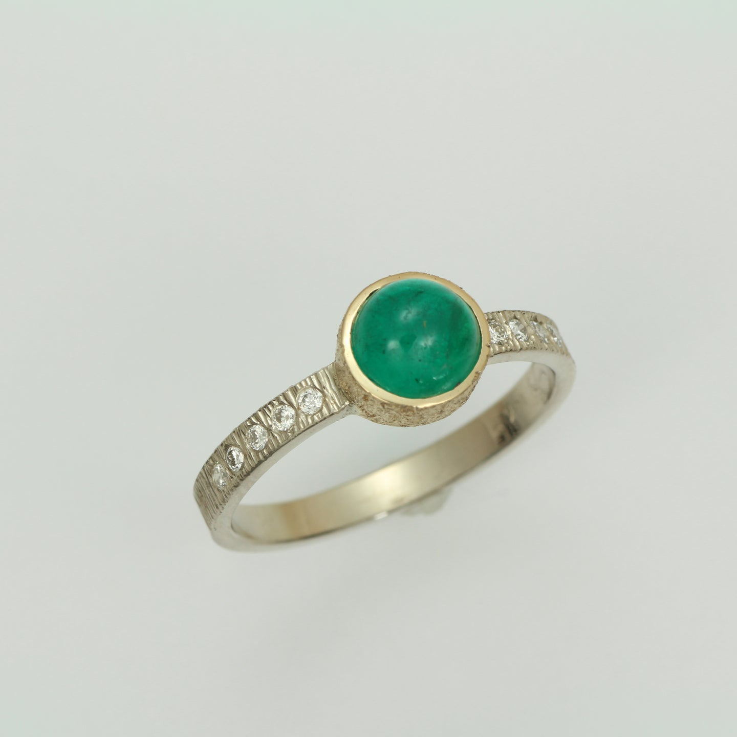 14k Two Tone Emerald Cabachon Ring