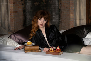 Mulberry Silk Robe: Black - Artem Luxe