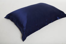 Load image into Gallery viewer, Oxford Mulberry Silk Pillowcase: Midnight Blue - Artem Luxe