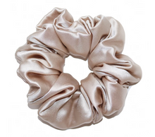 Load image into Gallery viewer, Mulberry Silk Large Scrunchie Champagne