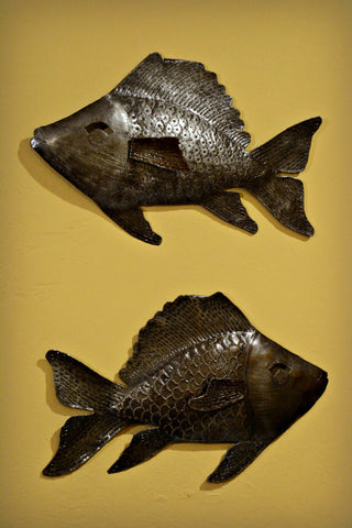 Haitian Metal Swimming Fish