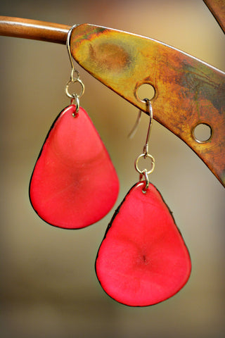 Tagua Leaf Earrings Fuchsia