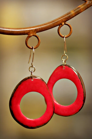 Tagua Loop Earrings Fuchsia