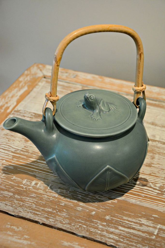 Indonesian Frog Teapot