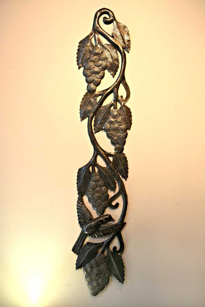 Grapes on a Vine Steel Art wall hanging