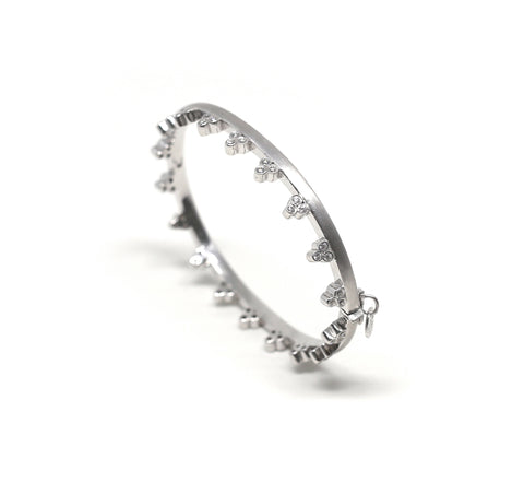Linear Diamond Cuff