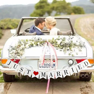 Rustic JUST MARRIED Garland