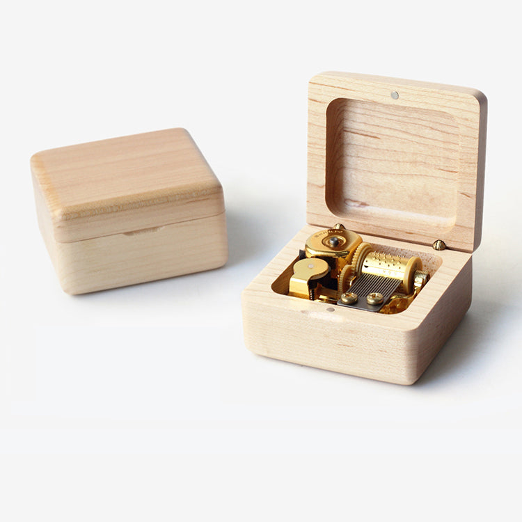 Premium Greensleeves Wooden Music Box (Tune: Greensleeves / What Child is This)