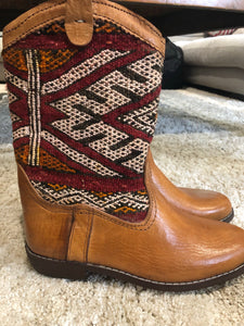 Moroccan Kilim handmade boots size 8. no 4