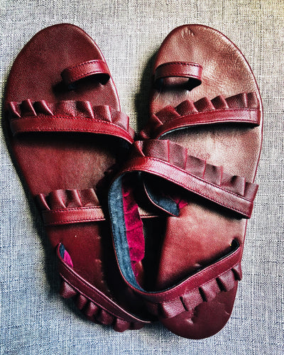 Birdie sandals in port wine