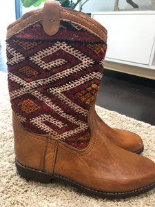 Moroccan Kilim handmade boots size 8. no 3