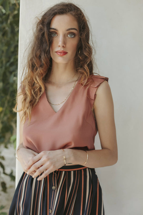 Grace & Mila rose sleeveless Woven Top