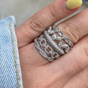 Baguette & Round Alternating Diamond Band