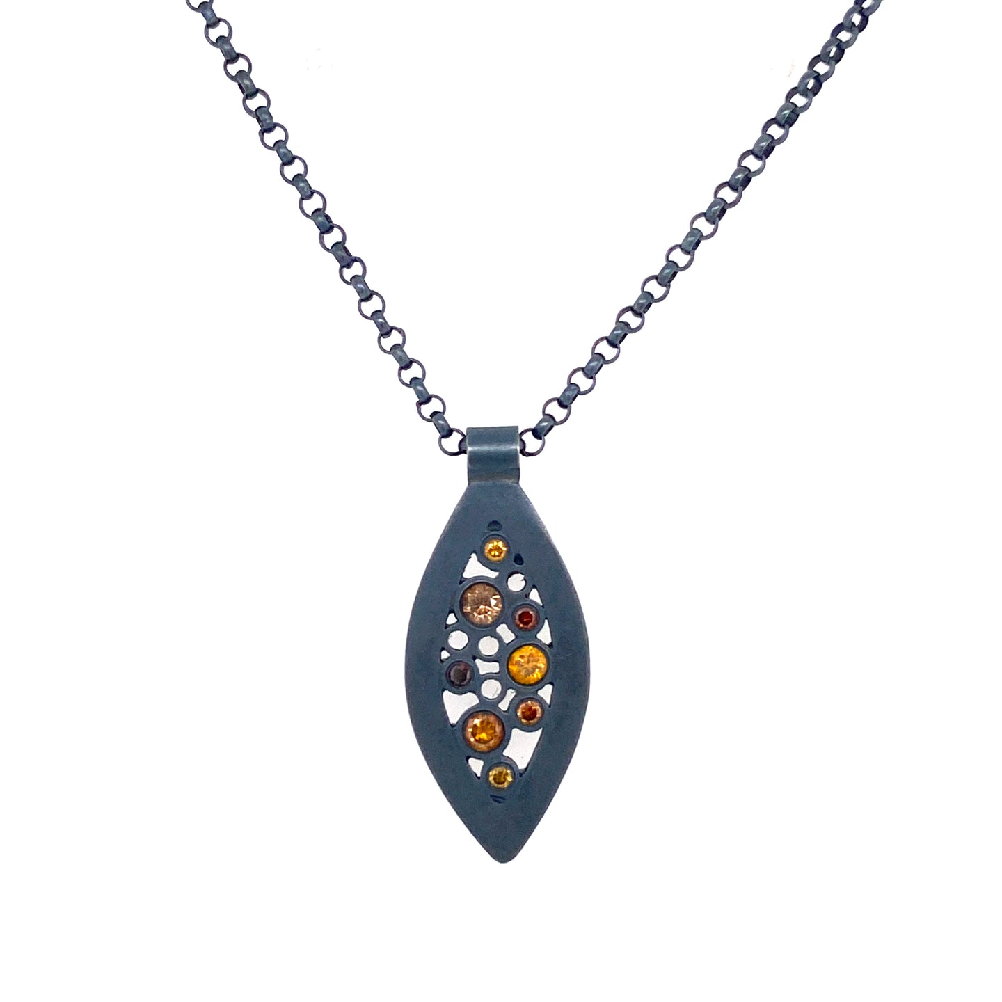 Belle Brooke Oscuro Petite Leaf Necklace
