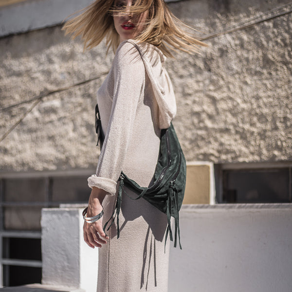 woman with white dress wearing 3rd-floor-handmade-leather-belt-bag-bravado-ever-green by 3rd-floor lab