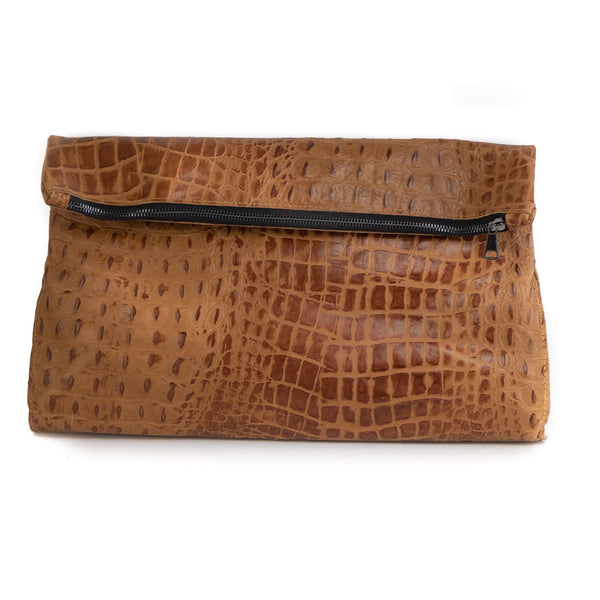 Croco Caramel handmade leather bag. Discover it in our Handmade Bags Collection