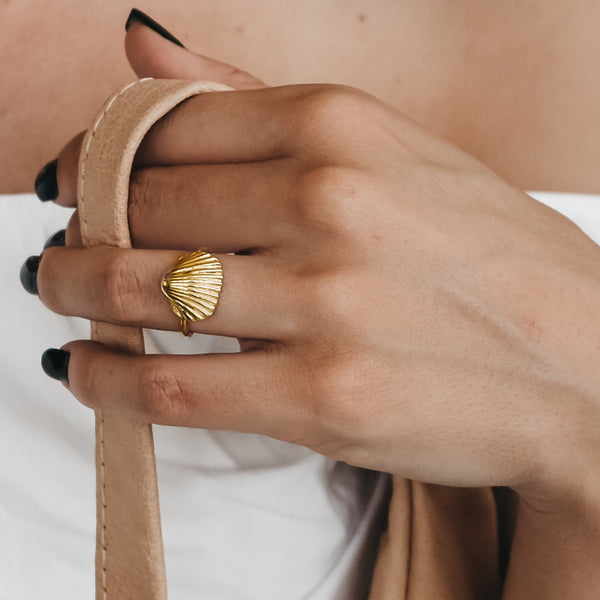 Seashell Ring-Gold