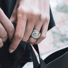 Load image into Gallery viewer, model wearing alexander silver ring