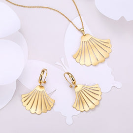 amanda-18k-gold-plated-necklace-and-earrings-set