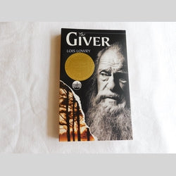The Giver by Lois Lowry (PB, 2002) | Books & More Bookstore