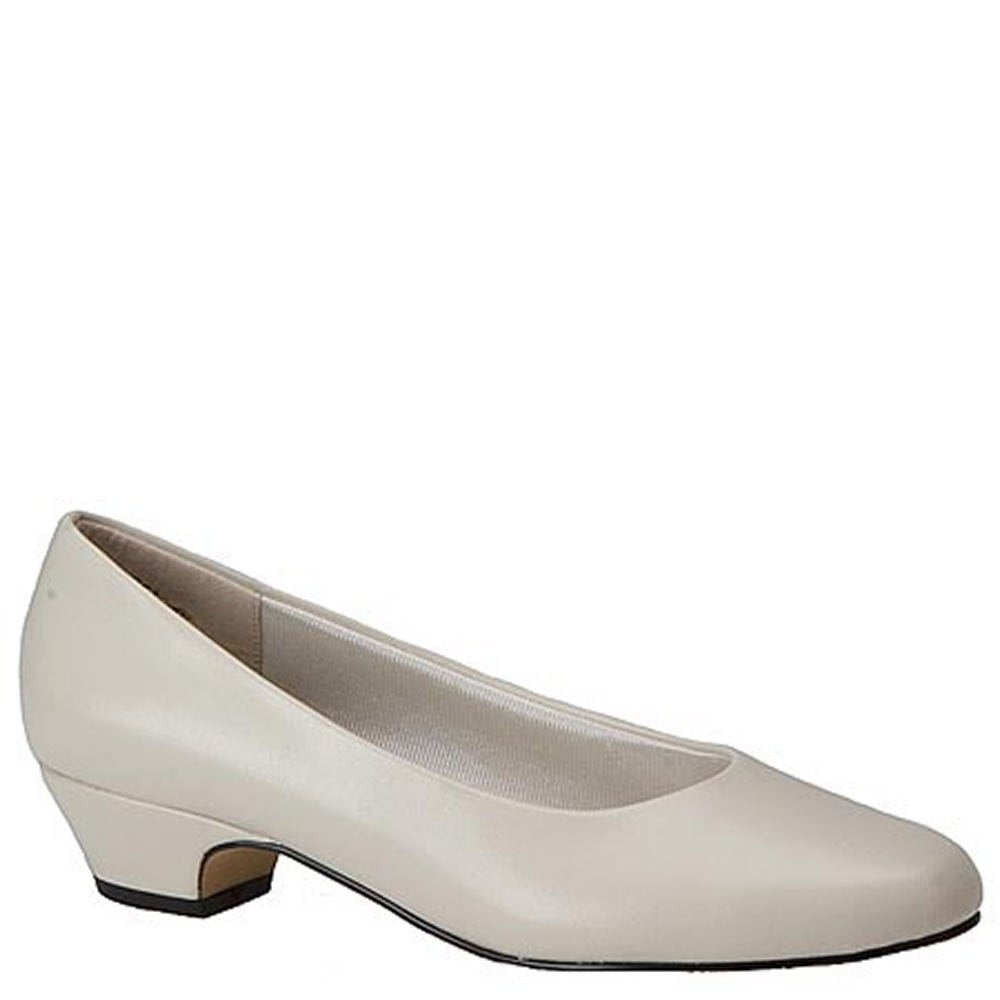 Easy Street Womens Halo Closed Toe Classic Pumps, Bone, Size 10.0