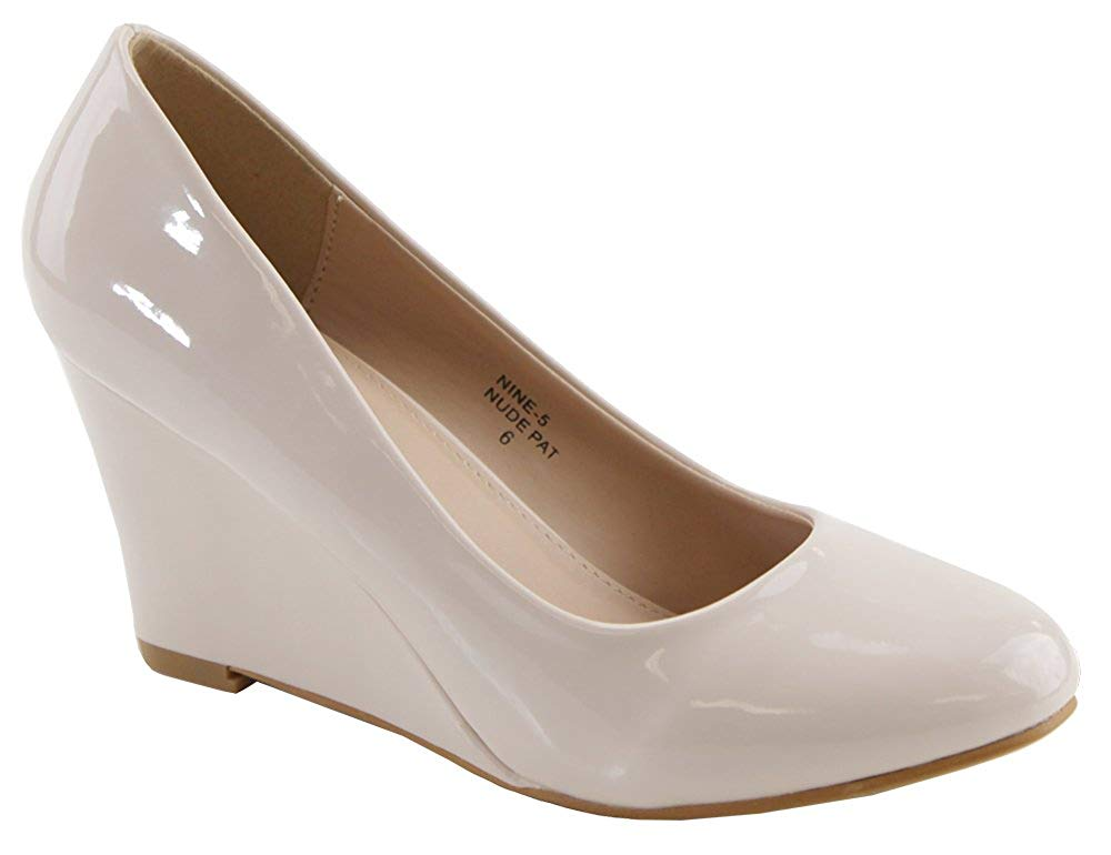 Bella Marie Womens Nine-5 Classic Almond Toe Mid Wedge Pump Slip On Shoes
