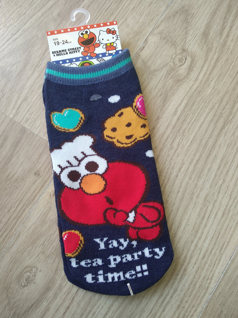 Sesame Street X Hello Kitty #2 Women Socks