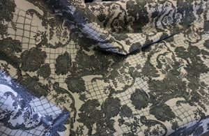 Lace Print on Stretch Cotton Sateen