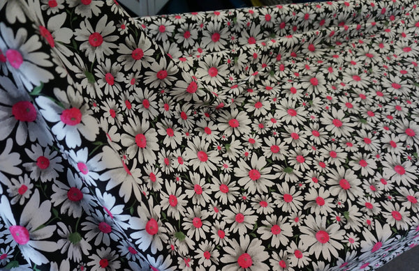 Oh, My Daisy Print on Stretch Sateen -Pink