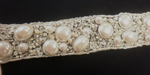 Flat Pearl Bead Trim, White