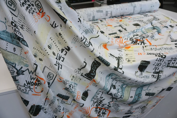 Viscose Gaberdine Twill, Graffiti Print on White