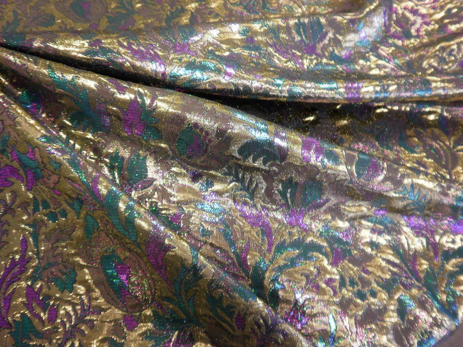 Thistle Flower Lamè Brocade, Gold & Purple