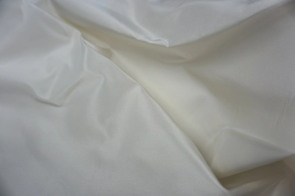 Mikado (Paper) Silk, in Ivory