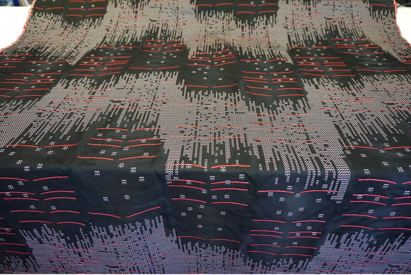 Matrix Crossing Jacquard, Red Lines