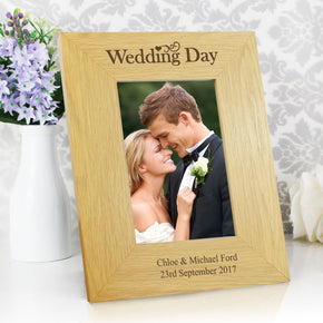 Personalised Oak Finish 4x6 Wedding Day Photo Frame