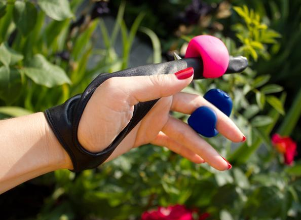 Gring Small - Neon Rose - Clitoral Vibrator With Finger Ring - Buy Sex Toys Gvibe.com