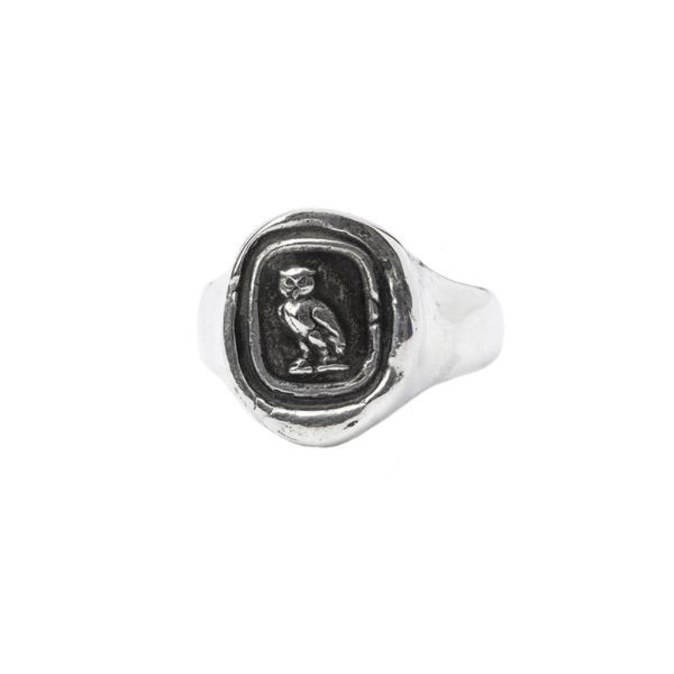 WATCH OVER ME SIGNET RING