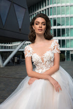 Load image into Gallery viewer, Melody Of Happiness 'Molly' Elly Haute Couture RTW 056-189 Ready To Wear European Bridal Wedding Gown Designer Philippines