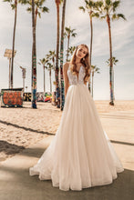 Load image into Gallery viewer, Los Angeles 'Keira' Elly Haute Couture RTW 066-325 Ready To Wear European Bridal Wedding Gown Designer Philippines