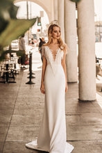 Load image into Gallery viewer, Los Angeles 'Scarlett' Elly Haute Couture RTW 069-285 Ready To Wear European Bridal Wedding Gown Designer Philippines