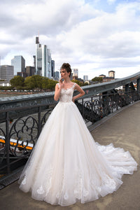 Melody Of Happiness 'Nina' Elly Haute Couture RTW 071-335