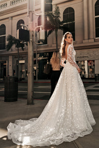 Los Angeles 'Lindsay' Elly Haute Couture RTW 081-340 Ready To Wear European Bridal Wedding Gown Designer Philippines