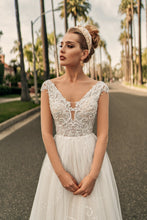Load image into Gallery viewer, Los Angeles 'Marion' Elly Haute Couture RTW 099-475 Ready To Wear European Bridal Wedding Gown Designer Philippines