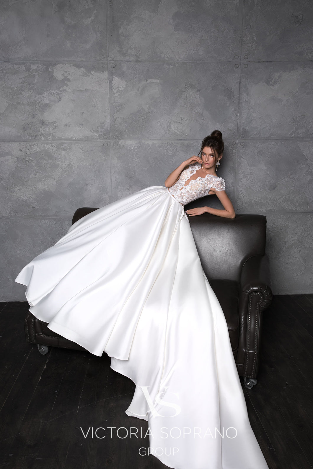 Chic Royal Collection 'Totti' Victoria Soprano RTW 22019-285 Ready To Wear European Bridal Wedding Gown Designer Philippines