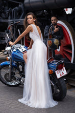 Load image into Gallery viewer, Freedom Papilio Bridal RTW 12079-165 Ready To Wear European Bridal Wedding Gown Designer Philippines