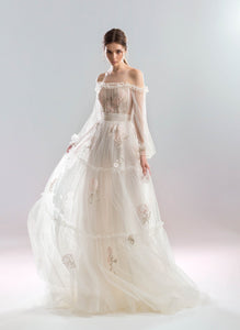 White Wind 'Rose' Papilio Bridal RTW 1919L-235 Ready To Wear European Bridal Wedding Gown Designer Philippines