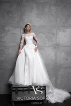 Load image into Gallery viewer, Chic Royal Collection 'Aurora' Victoria Soprano RTW 20819-355 Ready To Wear European Bridal Wedding Gown Designer Philippines