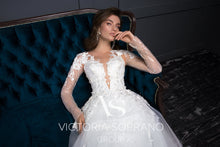 Load image into Gallery viewer, Chic Royal Collection 'Cassandra' Victoria Soprano RTW 20919-305 Ready To Wear European Bridal Wedding Gown Designer Philippines